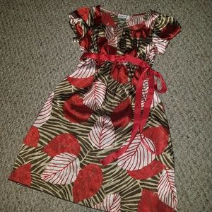 Cute leaf print dress